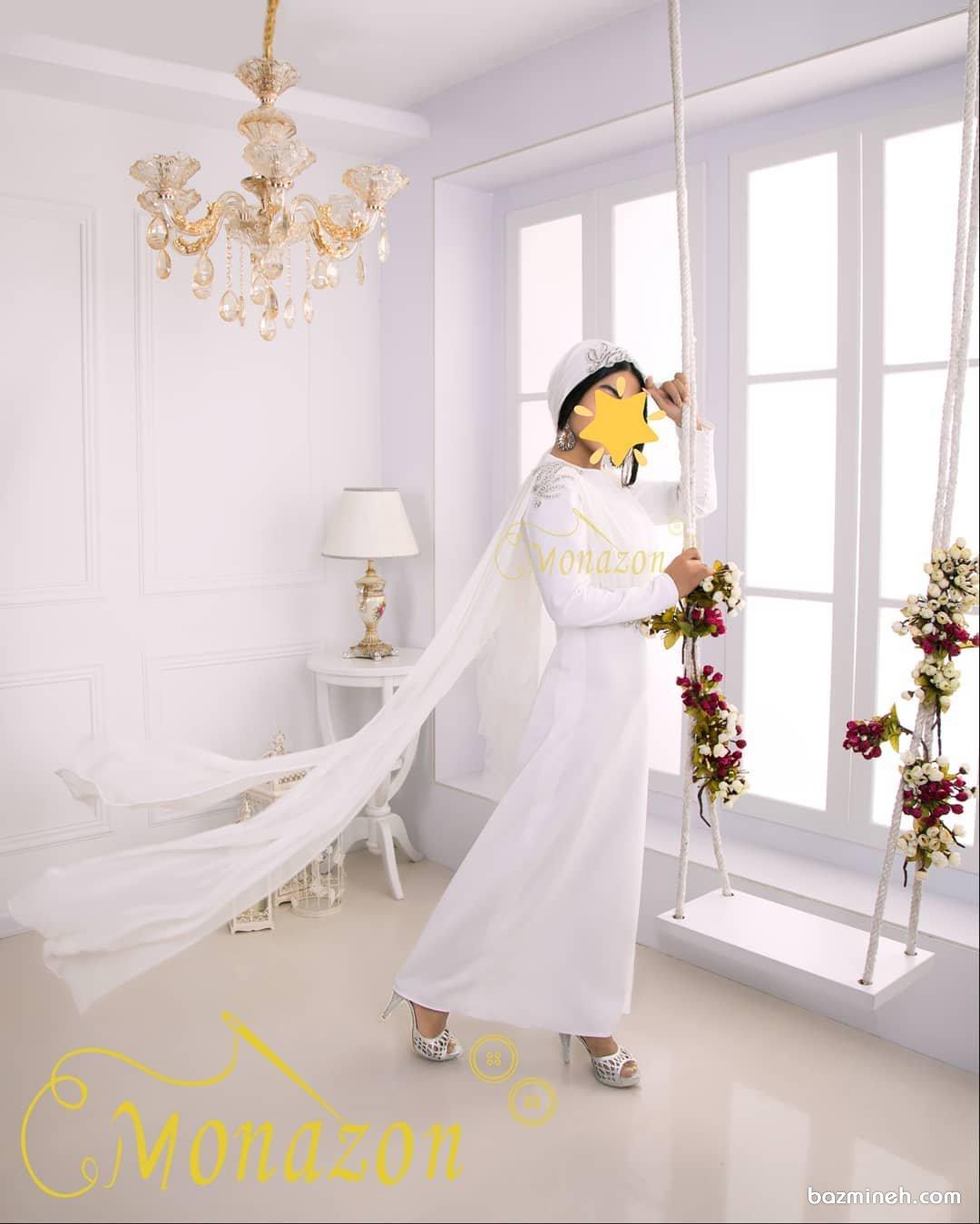 پیراهن عقد ماکسی پوشیده با دنباله حریر مدلی زیبا برای خانمهای خوشاندام