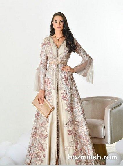 مانتو عقد شیک بلند با پارچه بژ رنگ مدلی زیبا برای عروس خانمهای خاص پسند