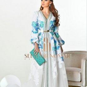 مدل مانتو عقد سفید و بلند گلدار مدلی خاص و زیبا برای مراسم عقد