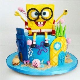 کیک فوندانت جشن تولد کودک با تم باب اسفنجی