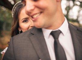10 راهکار برای اینکه خواستگاران پاشنه در خانه را از جا در بیاورند! (با این روشها خواستگارها را جذب نمایید.)