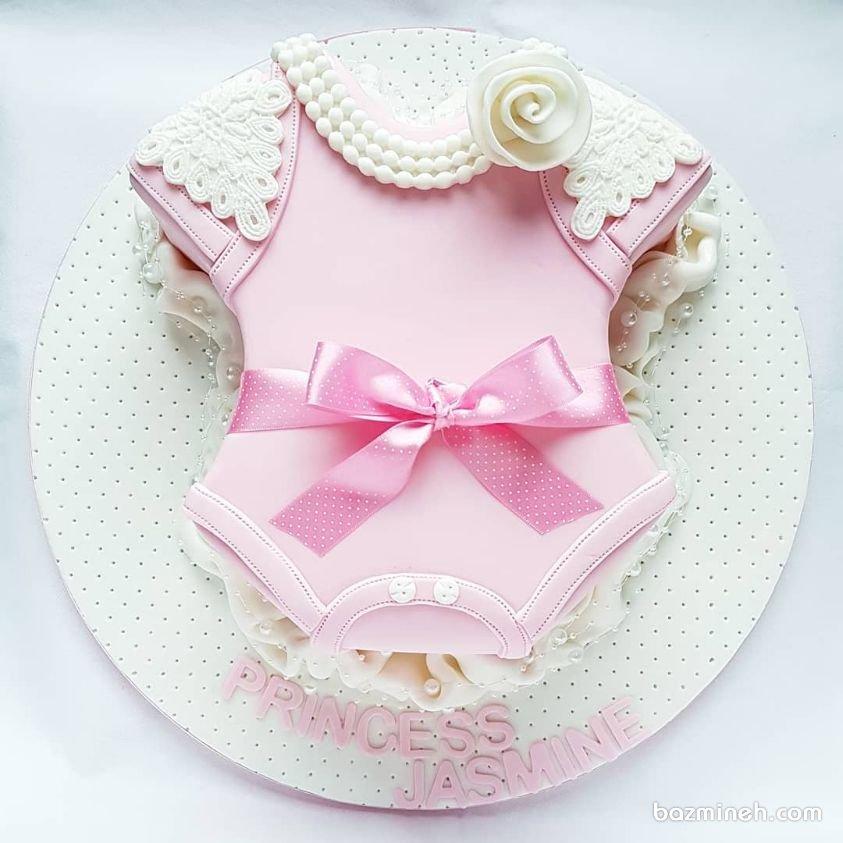 کیک جشن تولد یا بیبی شاور دخترونه با تم لباس بادی
