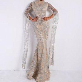 پیراهن عقد شیک ماکسی آستین دار با دامن مدل ماهی زیبا برای عروس خانمهای خوش اندام