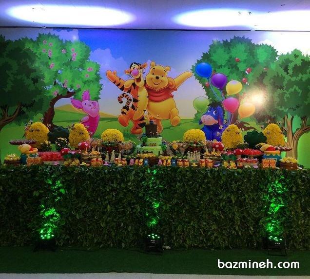 دکوراسیون و بادکنک آرایی شاد و رنگی جشن تولد کودک با تم پو