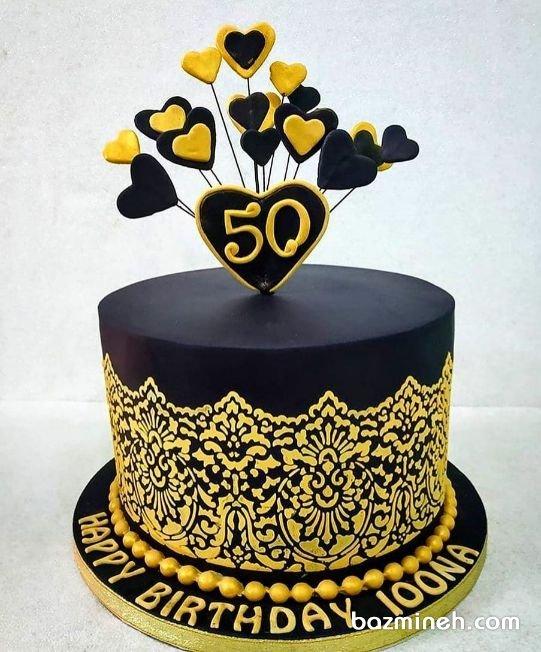 کیک فوندانت جشن تولد بزرگسال با تم رنگی مشکی طلایی