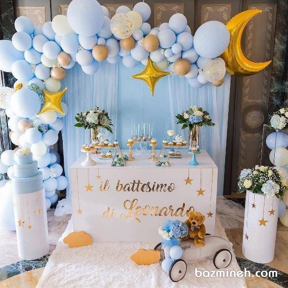 دکوراسیون و بادکنک آرایی جشن تولد پسرونه با تم ماه و ستاره سفید آبی