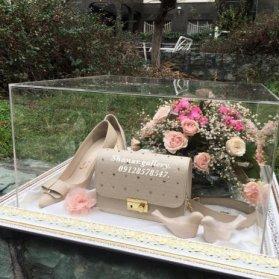 باکس گل آرایی شده هدایای بله برون