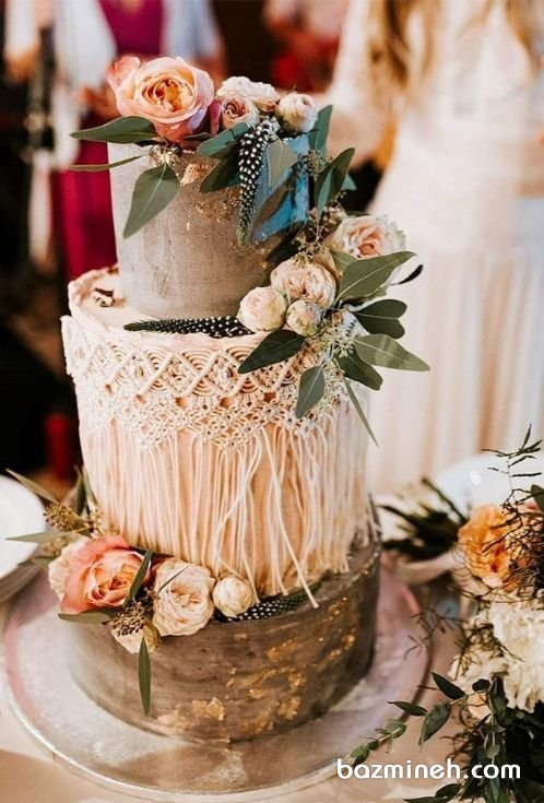 کیک چند طبقه جشن نامزدی یا عروسی با استایل بوهو