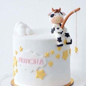 مینی کیک جشن تولد کودک با تم گاو و ستاره