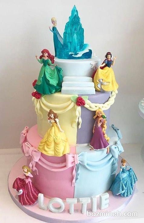 در بسیاری از کیک های تولد دخترانه حضور یکی از پرنسس های والت دیزنی دیده می شود اما اگر همه پرنسس ها را در یک کیک تولد گرد هم آوریم، کیک تولد دخترانه تبدیل به کیکی خاص و متفاوت و دوست داشتنی خواهد شد. کیک چند طبقه جشن تولد دخترونه با تم پرنسسهای والت دیزنی