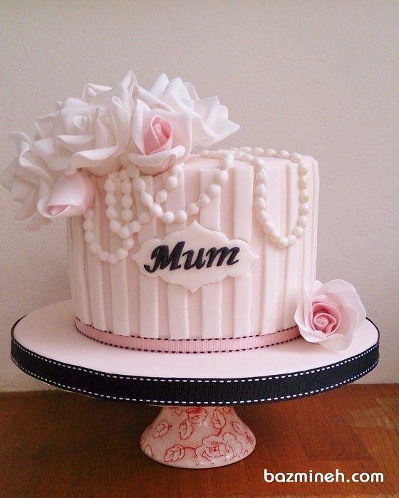 کیک فوندانت زیبای جشن تولد بزرگسال