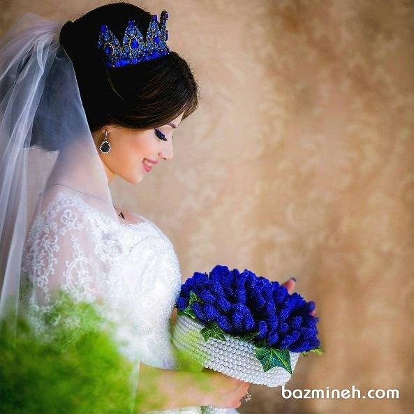 جشن عروسی با رنگ برگزیده سال، آبی کلاسیک