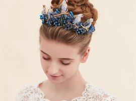 13 ایده برای برگزاری عروسی با تم آبی کلاسیک (رنگ سال2020)