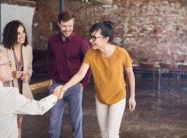 مهم ترین نکات در اولین برخورد با خانواده همسر