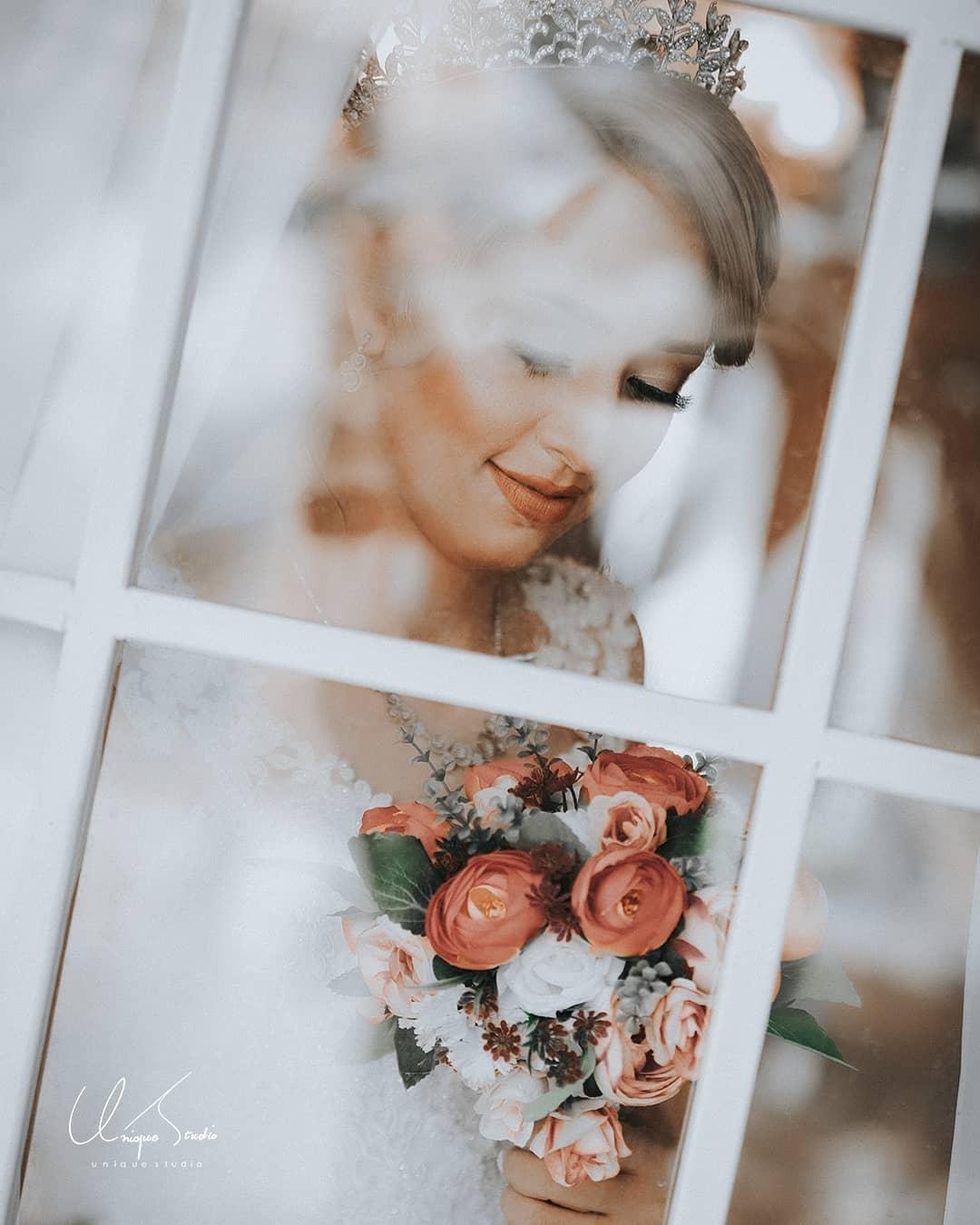 آتلیه عروس یونیک