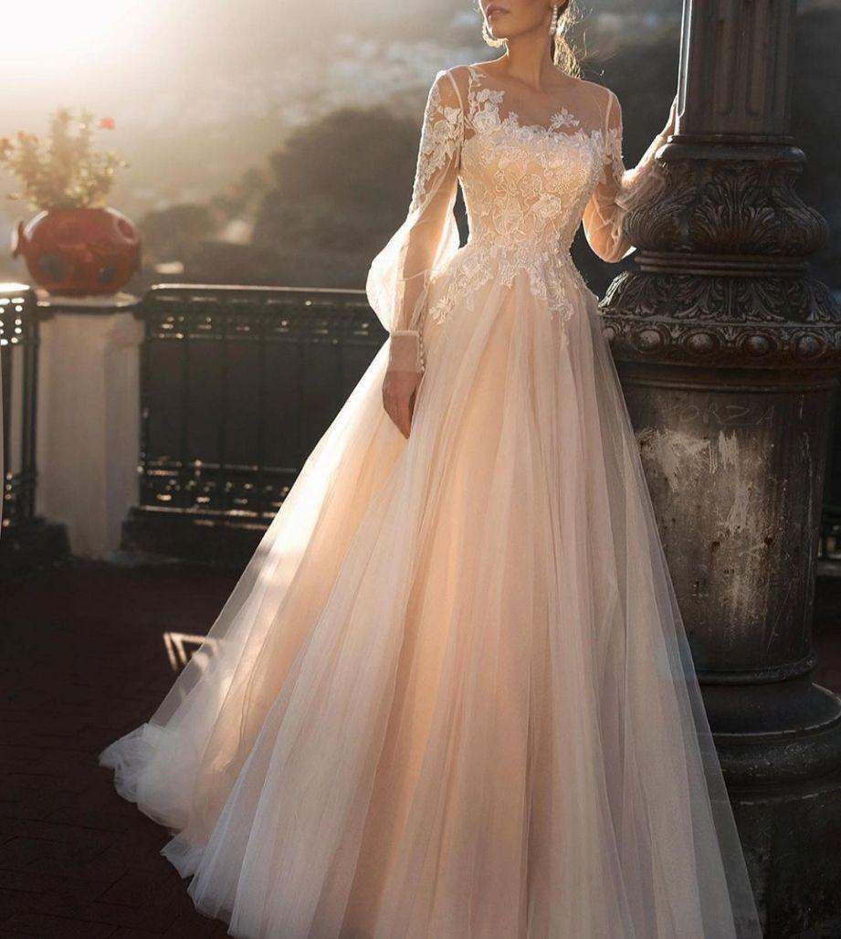 مزون لباس عروس نیوشا منصوری